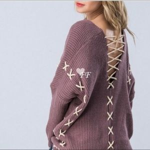 🎉Host Pick! 🎉Cozy Lace Up Side Stitched Sweater